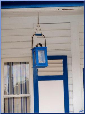 Maison à la lanterne bleue, village de L'Herbe, Bassin d'Arcachon (33)
