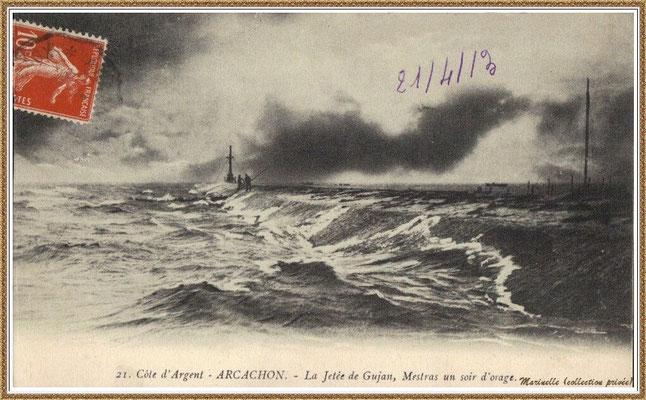 Gujan-Mestras autrefois : en 1913, la Jetée du Christ un soir d'orage, Port de Larros, Bassin d'Arcachon (carte postale, collection privée)