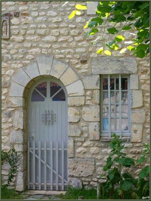Maison face à la mairie de Talmont-sur-Gironde (Charente-Maritime)
