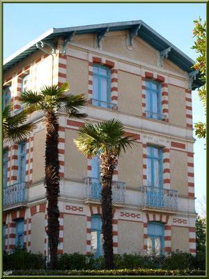"""L'hôtel """"Régina et d'Angleterre"""" en """"Ville d'Hiver"""" à Arcachon"""