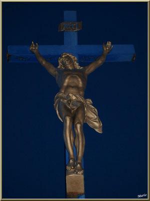 La statue Christ, en pleine nuit enjuillet