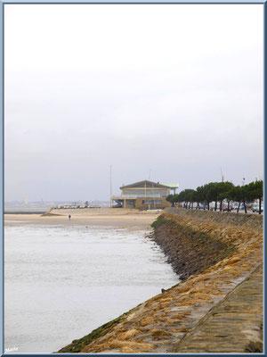 """Arcachon, """"Ville d'Automne"""" depuis la jetée du port de plaisance, côté Bassin et Club aviron"""