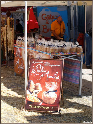 Etal fabricant de gâteau appelé pastis, Fête au Fromage, Hera deu Hromatge, à Laruns en Vallée d'Ossau (64)