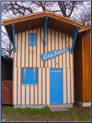 "Cabane 43 ""Cap Sizun"" au port de Biganos (Bassin d'Arcachon)"