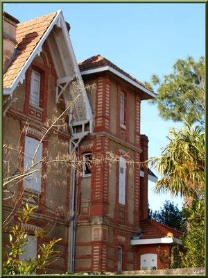 """Une villa ancienne en """"Ville d'Hiver"""" à Arcachon"""
