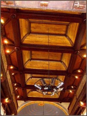 Aïnoha : l'église Notre Dame de l'Assomption, le plafond (Pays Basque français)