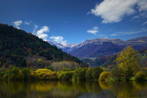 Le Lac Chambon  et le Sancy aux couleurs de l'automne .. 12.11.13