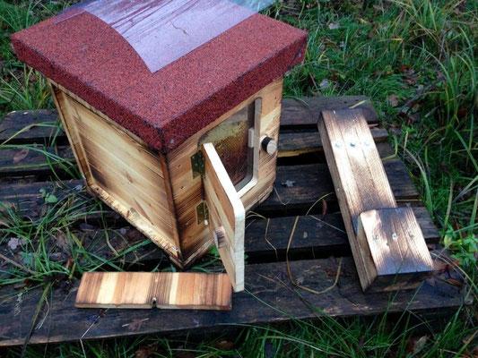 Komplettset Bienenschwarmkasten mit Zubehör