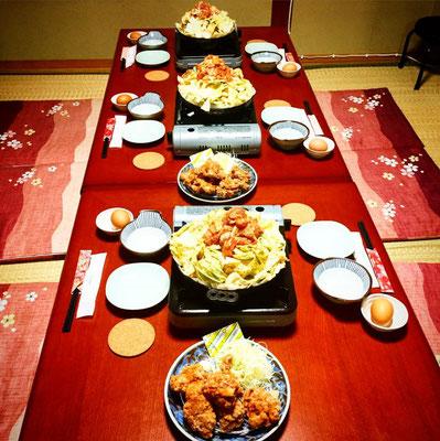宴会の料理。けいちゃんと、けいちゃんからあげがメインで出ます。