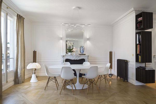 meuble mural en ébène de macassar pour un appartement à Paris