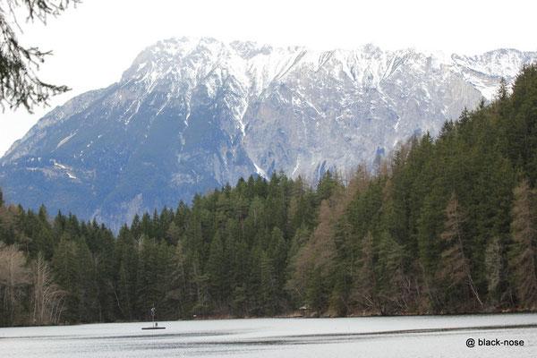Piburger See mit Acherkogel