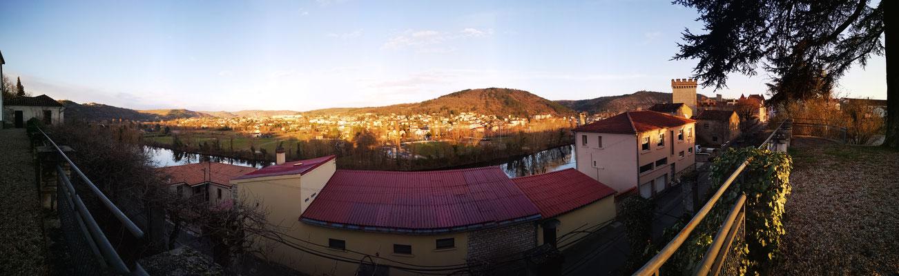 Vue sur Terre Rouge, un quartier de Cahors