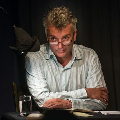 Gesprächsrunde nach dem Lesen in der Zimmerbühne. Foto: Helmut Bär.