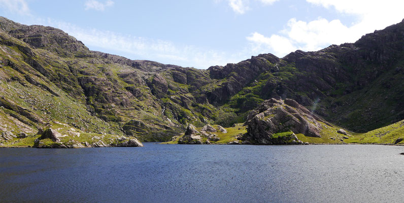 """Am """"Kratersee"""" Lough Coomeathaun."""
