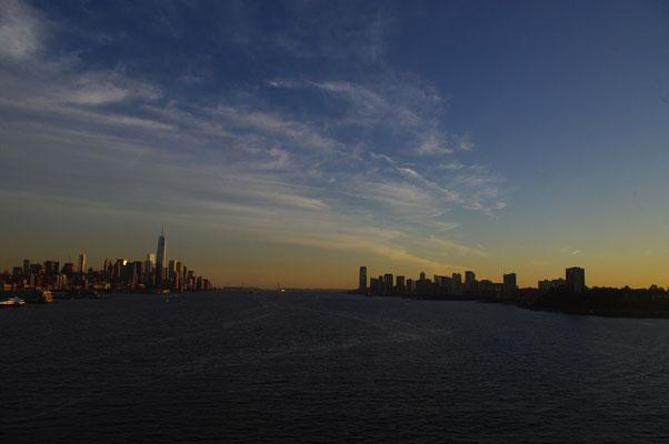 links: Manhattan - rechts: New Jersey