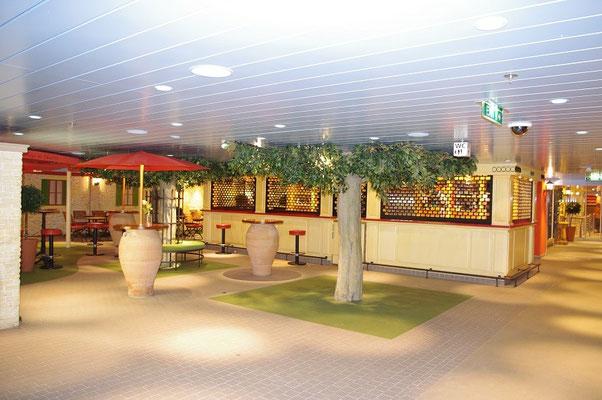 Pier 3 Bar