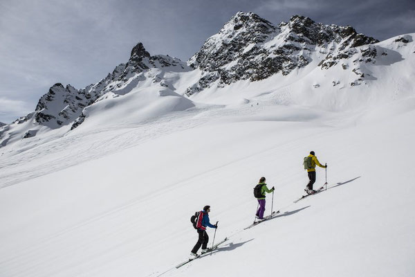 Skitour im Montafon (c) Daniel Zangerl - Montafon Tourismus GmbH
