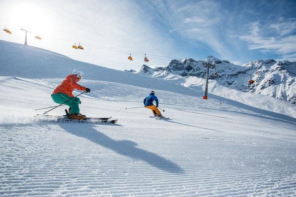 Skifahren im Montafon (c) Daniel Zangerl - Montafon Tourismus GmbH