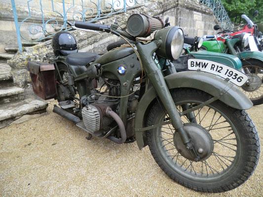 rassemblement motos bmw anciennes mus e des motos anciennes de celles sur belle. Black Bedroom Furniture Sets. Home Design Ideas