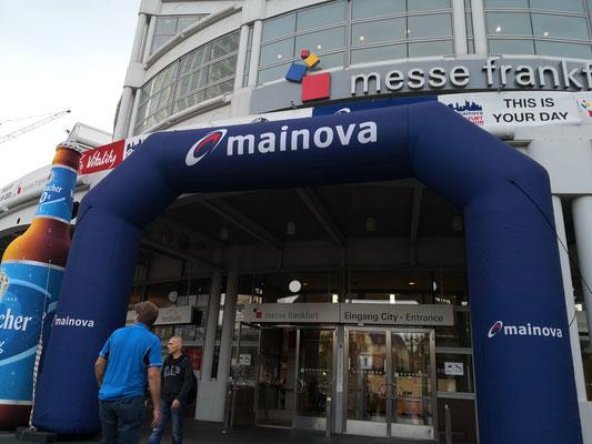Eingang zur Marathonmesse