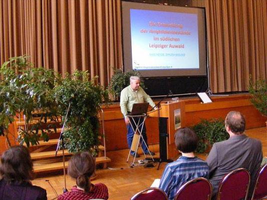 Karl Heyde vom NABU Leipzig hielt am 16. April 2011 im Festsaal des Neuen Rathauses einen Vortrag zum Thema ...