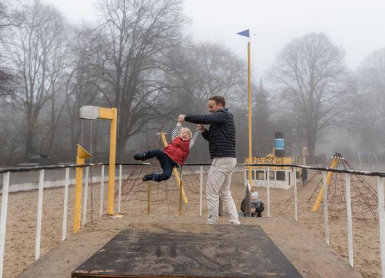 Papa und Tochter Foto im Freien