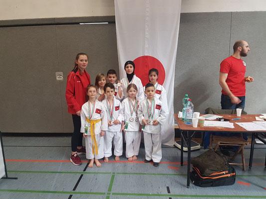 Großer Medaillenregen für die Kids von Bushido Köln Team Mülheim und Team Kalk