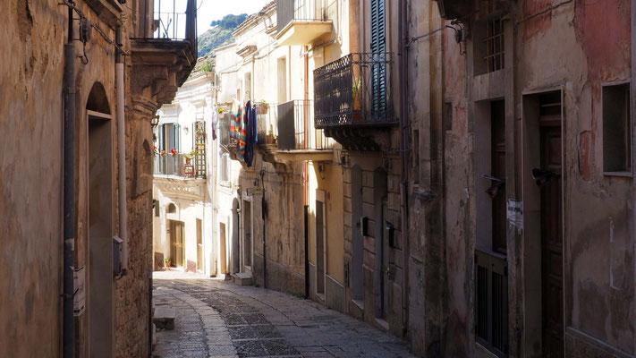 Les rues vers Ragusa Superiore
