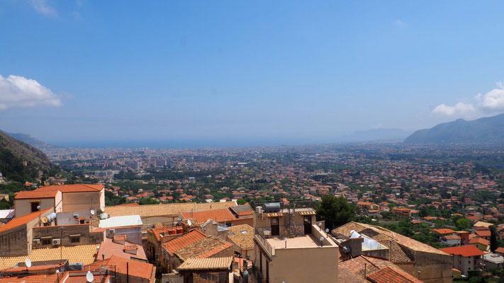 Vue depuis les hauteurs sur Palerme