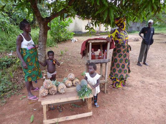 Ananasstand an der Strasse