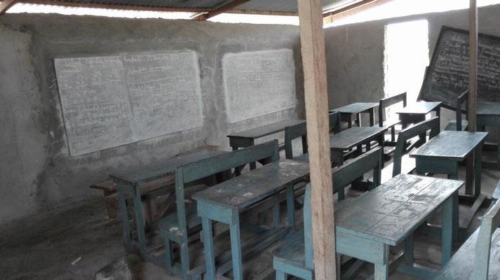 Innenansicht des Schulhausprovisoriums