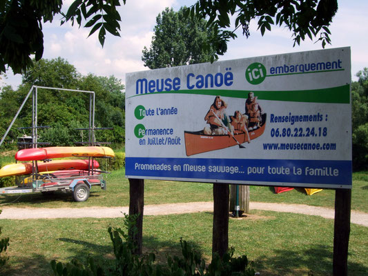 Canoe le long de la Meuse