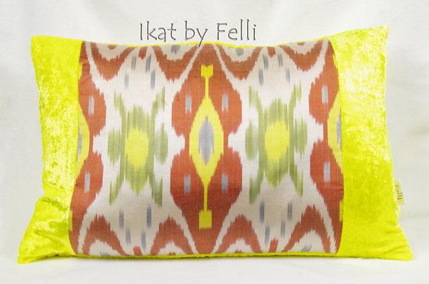 IKAT samt velvet yellow knallgelb IKATbyFelli.com pillow Kissen