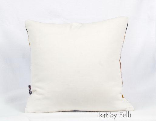 IKAT samt velvet IKATbyFelli.com pillow Kissen