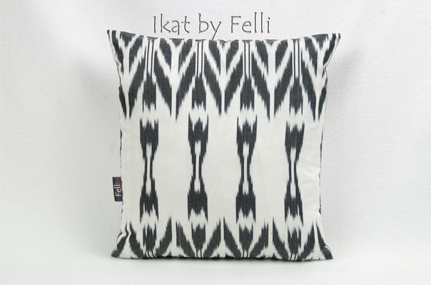IKATbyFelli.com pillow silk pillowcase kissenbezug kissen IKAT seide