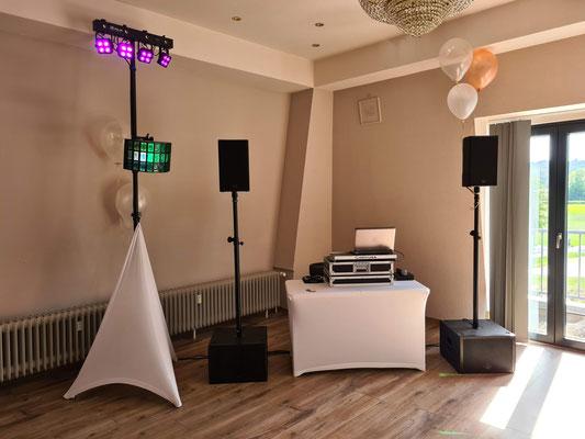 Schloss Ausel Lohmar - Hochzeits-DJ Setup