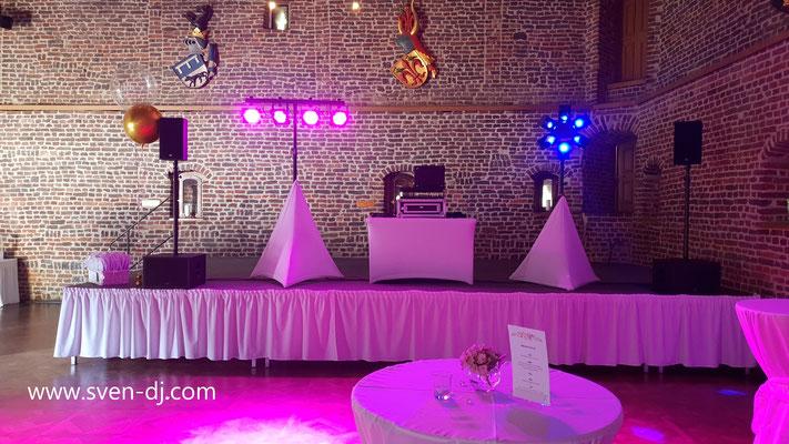 Hochzeits-DJ Schloss Burgau. Hier: Paket White Wedding