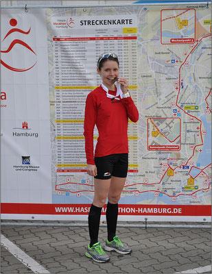 Finisherfoto vom Hamburg Marathon. Bildquelle: Eva