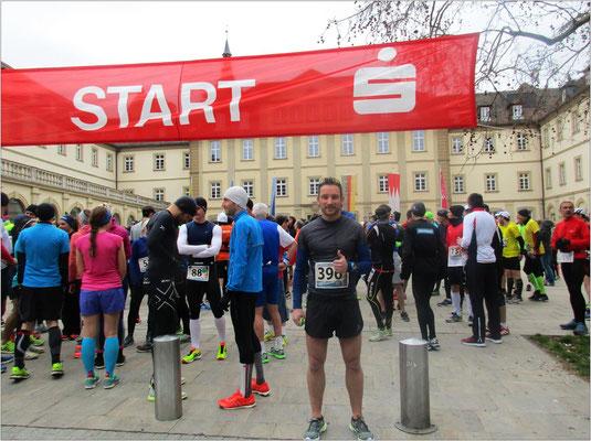 Kurz vor dem Start - Rathaus-Innenhof, Würzburg.