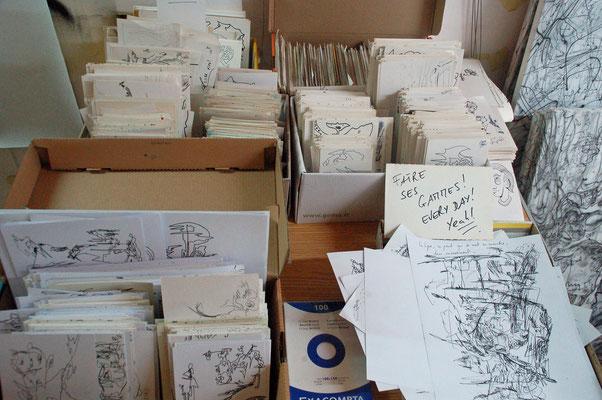 Environ 3.000 dessins deuis 1985