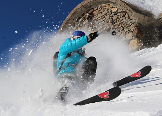Krapahut moniteur de ski et snowboard indépendant à la Mongie et Barrège