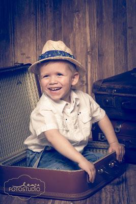 Junge, Koffer, Reise, Hut, Strohhut, Fotoaktion, Fotoshooting