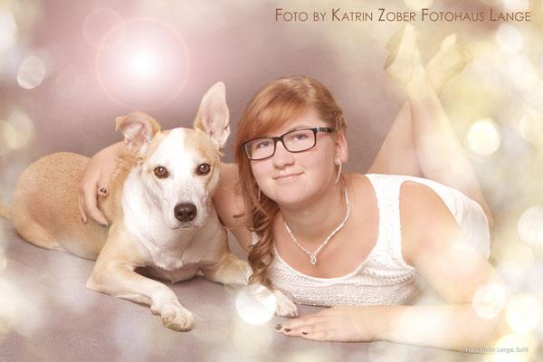 Frau mit schönem Hund , Tier , Thüringen Suhl