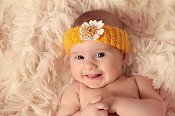 Süßes Baby mit stirnband, Fotohaus Lange, Kinderfotos, Fotograf, Kinder, Shooting, Studio, Fotostudio, Thüringen, Suhl, Zella-Mehlis