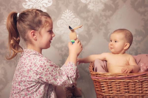 baby fotos mal anders , Geschwisterbilder, Fotohaus Lange, Kinderfotos, Fotograf, Kinder, Shooting, Studio, Fotostudio, Thüringen, Suhl, Zella-Mehlis