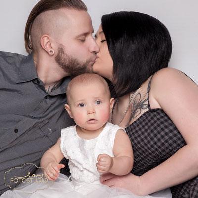 Familienfotos, Shooting, family, Babyfoto, Baby, Fotos mit Familie, Familientreffen, Studio, Fotostudio, Lange, Suhl, Thüringen, Bayern