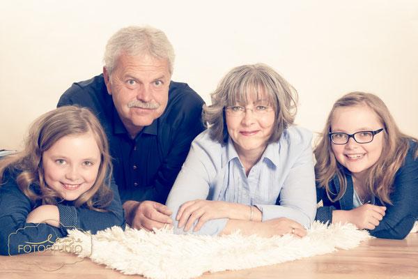 Familienfotos, Shooting, family, Fotos mit Großeltern, Familientreffen, Studio, Fotostudio, Lange, Suhl, Thüringen, Bayern