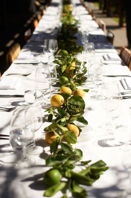 Chemin de table en citrons jaunes et verts