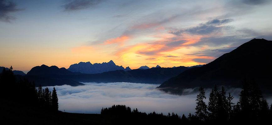 Morgennebel über dem Glemmtal