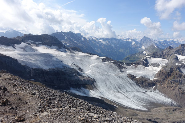 Auch dieser Gletscher leidet..und schwindet..